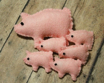 Felt pig ornaments-Mini pigs and mama pig-Handmade felt pig ornaments-Christmas ornaments