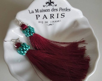Burgundy silk tassel earrings. Working with superduo and Japanese beads. Length 12 cm