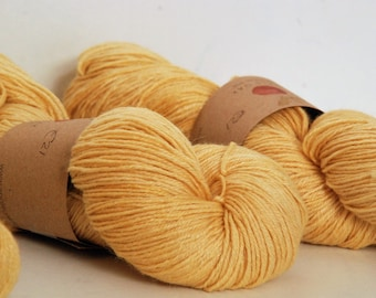 APPLEOAK Turin - INDIAN YELLOW ~ Naturally dyed - Ramie/Silk and wool sock yarn ~ 4ply