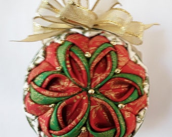 Poinsettia Christmas Quilted Ornament