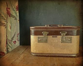 Vintage 1930s Franklin Tweed + Leather Train Case