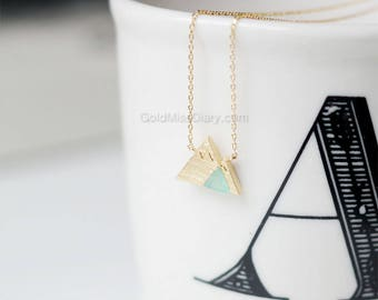 Mint Gemstone Mountain Necklace, dainty mint Mountain Necklace, Snowy Mountain Necklace, Mountain Charm, Nature Jewelry, gift ideas
