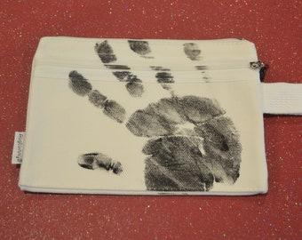 Fingerprint zippered bag