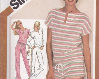 Simplicity 9890 Vintage Pattern Womens Pull On Top and Pull On Shorts or Pants Size 10,12,14 UNCUT