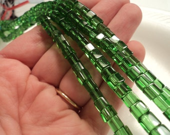 Green - Glass cube beads - 6mm - Sold per strand