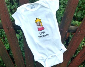 Princess Peach Onesie baby layette - Nintendo Super Mario Brothers  Baby clothes layette - custom name baby shower gift baby clothes