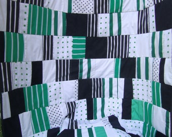 green black Patchwork Blanket  Patchwork green black white  rustic Plaid  Farmhouse Blanket, Bedroom, 84x53 inch, College