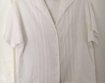 Vintage Judy Bond White Short Sleeved Blouse