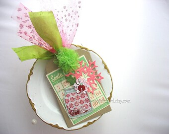 Festive Holiday Candy Jar Bingo Card Snowflake XL Deluxe Christmas Gift Tag or Homemade Card~hang tag~Tulle Pom Pom~green~pink~red