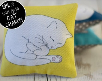 Sleeping Cat Lavender Sachet - Yellow; Cat Lavender Bag; mini aromatherapy pillow; cat lover gift