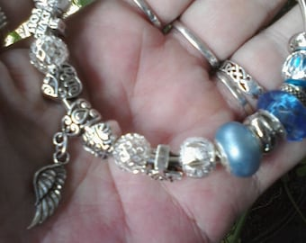On the wings of Love, Euro style bracelet