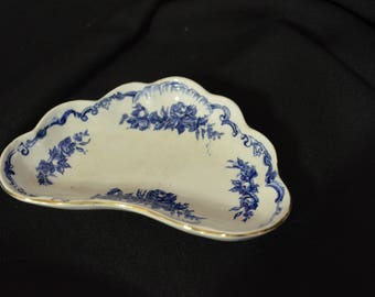 Ridgeway (Ridgeways) England Lorraine Pattern Bone Dish