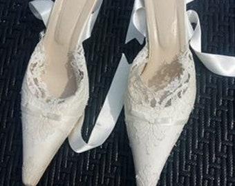 wedding lace shoes