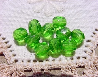 Zippy Lime Facets Vintage Czech Glass Beads