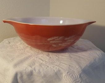 Vintage Pyrex 444 Autumn Harvest 4 qt mixing bowl