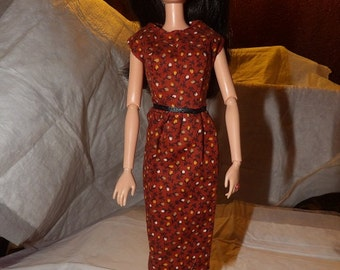 Modest rust colored dress wih tiny white flowers for Fashion Dolls - ed730
