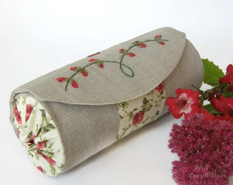 Make up Case , Storage Case, Make Up Bag, Jewelry Pouch,  Linen Round Case ,Embroidered Round Storage Case ,Pencil Case, Cosmetic Pouch