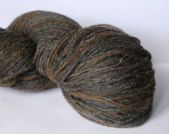 KAUNI Undyed Wool Yarn, Brown Rusty, Worsted Weight 8/2  2ply, 100% wool