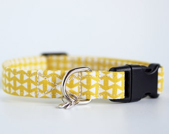 Mellow Yellow - Geometric Small Dog or Puppy Collar, Yellow pattern