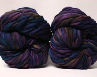 Merino Thick and Thin Yarn Hand Spun Wool Bulky Wool Slub  Hand Dyed tts(tm) Self-Striping LR1701