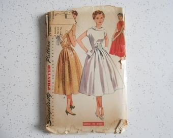 Vintage 50's Simplicity Dress Sewing Pattern No.4556 Sewing Pattern for Dress Size 12 Bust 30 Good Used Condition
