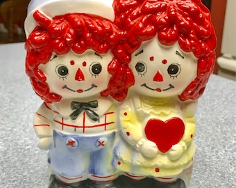 Vintage  1976 Raggedy Ann and Andy Ceramic Planter Container  by Bobbs-Merrill Co #4185