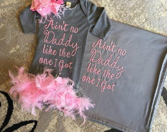daddys girl boutique baby gown, baby girl sets, baby girl clothes, layette gown, baby blanket, princess sets, baby shower, gifts, birthday