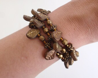 Bronze brown leaf bead memory wire bracelet