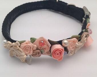 Holiday dog collar / peach / handstiched / swarovski / angels