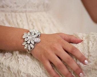 Bridal Bracelet, BRIDAL Cuff Bracelet, bridal Accessories , Rhinestone Cuff Bracelet, Sparkle ,Wedding Bracelet ,Jewelry