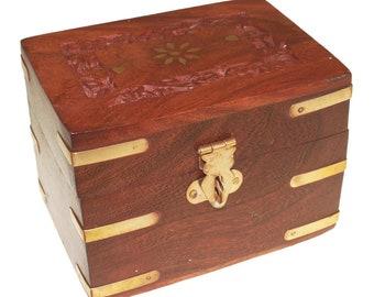 Carved Wooden Box - Holds 6 x 10ml bottles