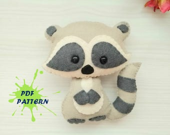 Raccoon PDF pattern-Woodland animals toy-DIY-Nursery decor-Baby's mobile toy-Felt Raccoon toy-Kids present-Felt ornament raccoon