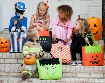 Personalized Halloween Bag, Personalized Halloween Treat Bag, Monogrammed Halloween Bags, Trick or Treat Bag, Halloween Bucket, Tote Bag