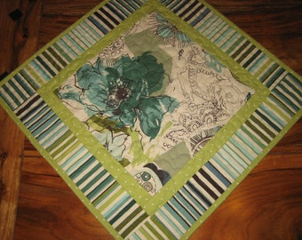 """Contemporary Modern Quilted Table Topper Blue Green Retro French, 19 x 19"""", Reversible, Modern Abstract Table Mat Dining Coffee Table"""