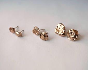 T-1000 stud earrings - bronze - choose between three sizes