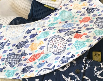 Nautical Oliebib - babywearing bib and burp rag, full coverage and waterproof!