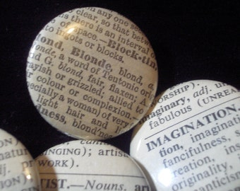 20 Random Vintage Dictionary Word Buttons