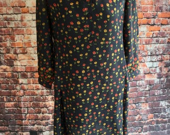 Vintage, tunic style, floral dress. Approx size 14 uk