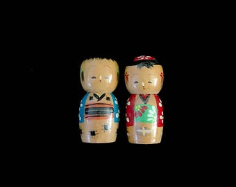 Vintage Mid Century Modern Pair of Kokeshi Wood Doll Dolls Salt and Pepper Shakers Japanese Japan 1960s Boy and Girl Twist off Heads