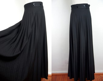 Black Pleated Maxi Skirt Jersey Floor Length Wide Sweep 1970s Medium Large Flowy 70s
