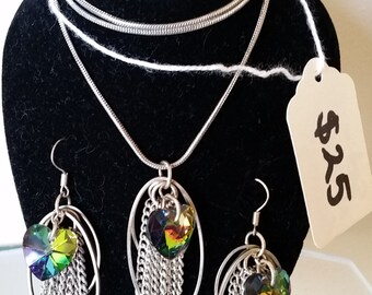 Neclace and Earrings Set