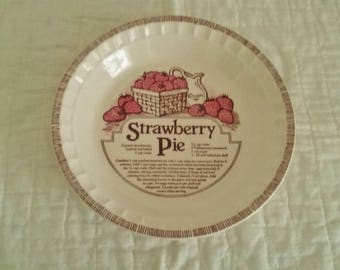 Royal China by Jeannette Strawberry Pie Recipe Baking Deep Dish Pie Plate // Jeannette Pie Plate // Strawberry Pie Plate