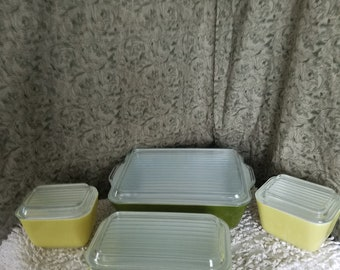 Pyrex verde refrigerator dishes set