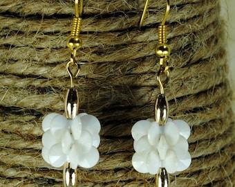 Vintage Lucite White Flower Beads Earrings
