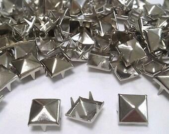 CraftbuddyUS 100 X 10mm argent carré pyramide artisanat clous, embellissement de la mode pour sac chaussure