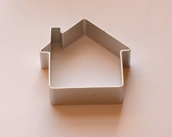 New house cookie/biscuit cutter