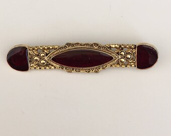 Vintage Victorian style bar brooch