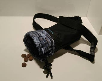 Pouch for snacks for training your pet space for one roll of bag to collect small natural needs