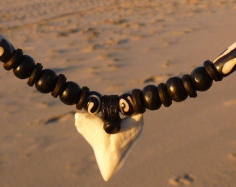 Shark Teeth Surfer Leather Necklace Jewelry Men & Girl Original Shark Tooth Pendant