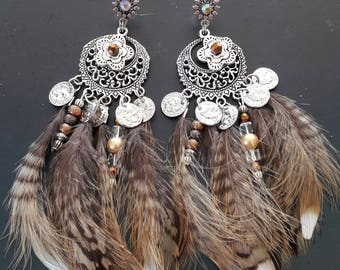 Earrings with natural feathers, beads and charms